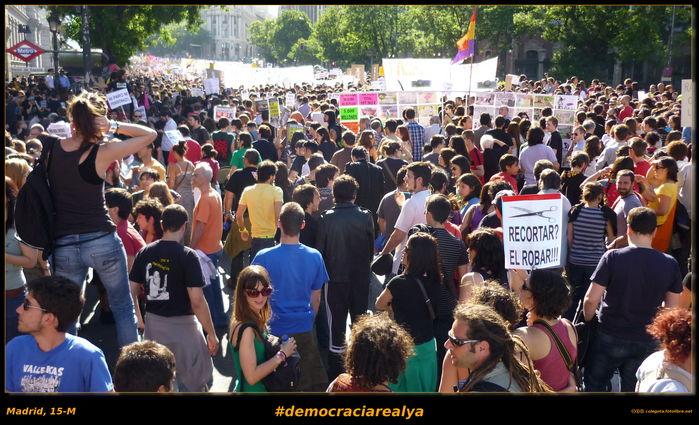 Fotos de la convocatoria de #democraciarealya el #15M en Madrid