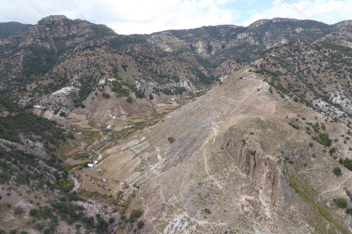 Barrancas del cobre la tierra vista desde el suelo for Desde cuando hay clausula suelo