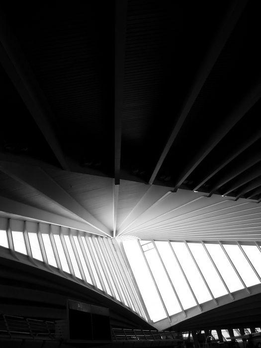 """Fotografía ganadora del Juego del mes de Septiembre de 2012:  Arquitectura - """"Como alas al viento"""" por: Manolo"""