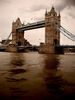 Tower_Bridge_(peque).jpg